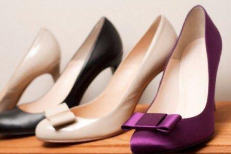 Как смягчить жесткие задники туфель?