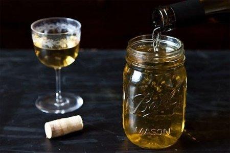 Как сохранить открытое вино