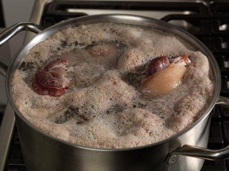 Пена при варке супа. Будьте бдительны!