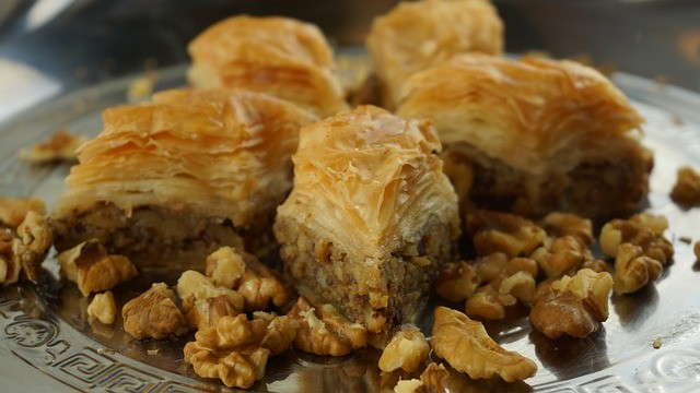 как приготовить пахлаву с орехами