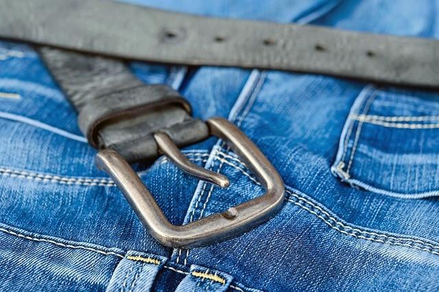 Красятся новые джинсы
